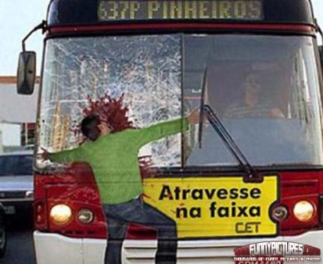 Hit-By-The-Bus-Illusion-Funny-Illusions
