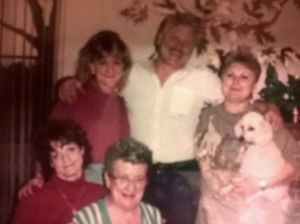 My family on the Mallicoat/Reeves side. Dad, Aunt Cindy, Aunt Debbie, Aunt Marlene, and Granny Reeves. Best.Family.Ever.